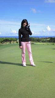 ゴルフ頑張ってます