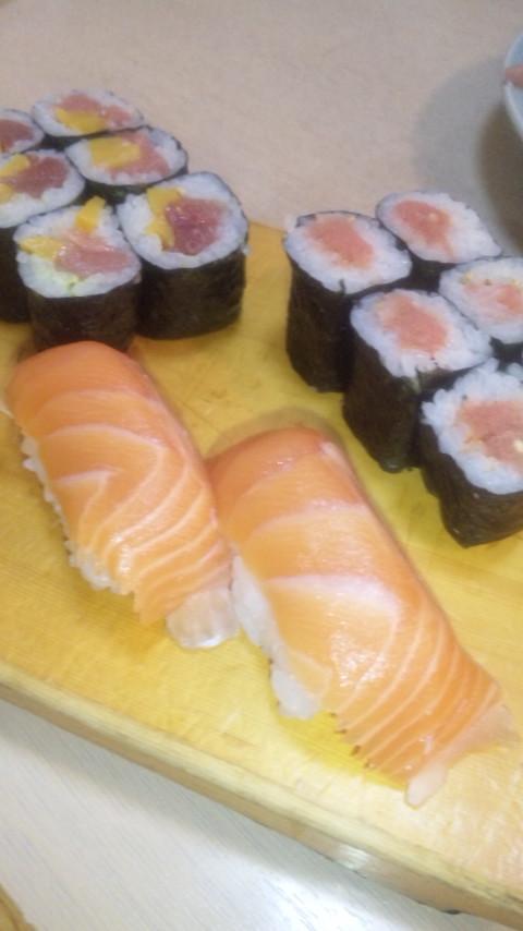 お寿司食べながらお勉強