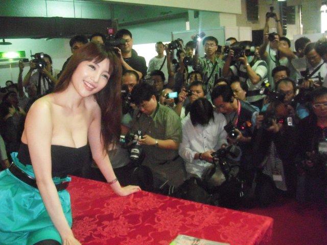 台湾ファンの皆1000<br />  人超え!!