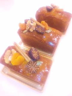 無花果と胡桃のカラメルパウンドケーキ